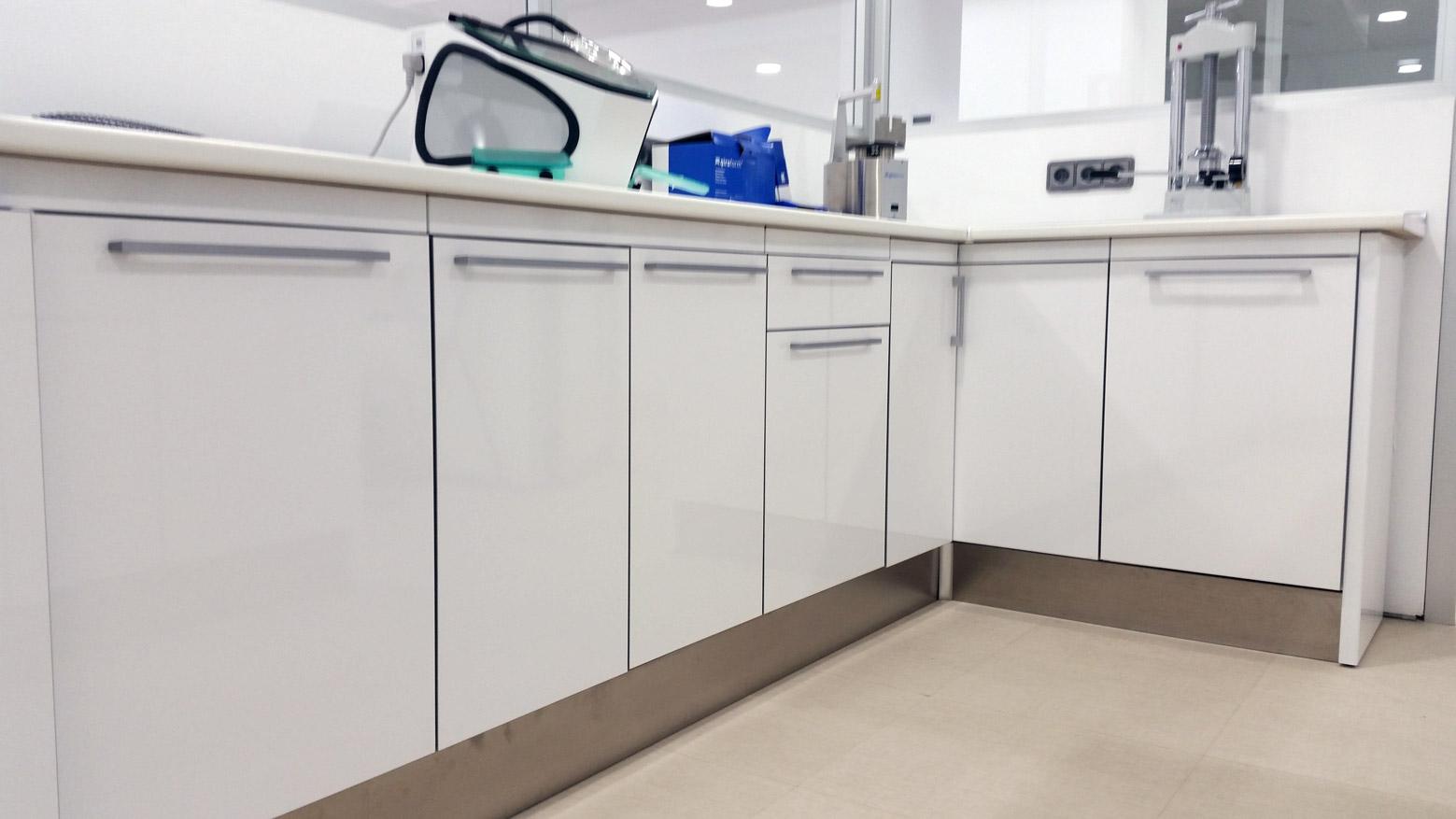 Bancada de formica Jeb - Muebles para laboratorio
