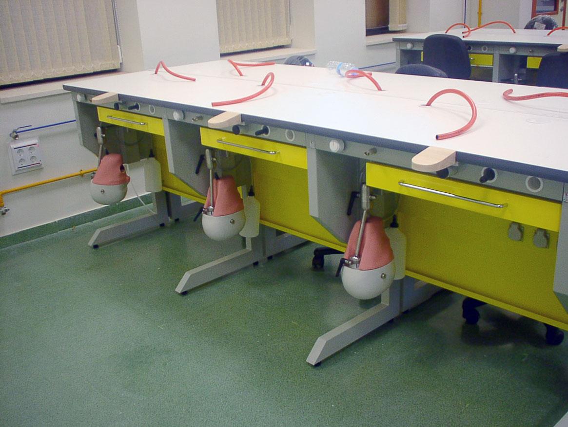 Mueble dental Fantomas para centros de formación dental Jeb