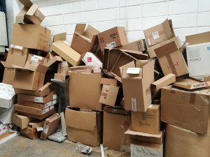 Reciclaje en pymes, almacén de cajas recicladas